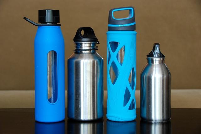 flaške z vodo
